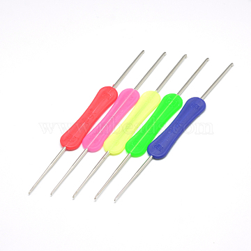 Iron Crochet Hooks Needles, with Plastic Handle, Hot Pink, 160x16x4mm; Pin: 1.5~3mm(TOOL-R115-02)