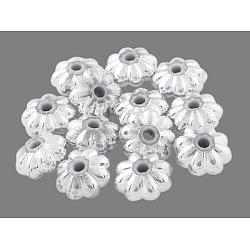 Acrylique de placage d'argent séparateurs perles, fleur, couleur argentée, environ 6 mm de diamètre, épaisseur de 3mm, Trou: 1mm(X-PL715)