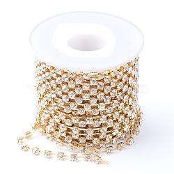 Chaînes en laiton avec strass, avec bobine, strass chaînes de tasse, non plaqué, sans nickel, cristal, 4mm, environ 10 yard / rouleau(CHC-T002-SS18-01C)