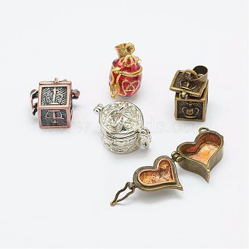 Brass Pendants, Mixed Shapes, Mixed Color, 14.5~20x11~23x8~14mm, Hole: 3~4x6mm(KK-K159-04)