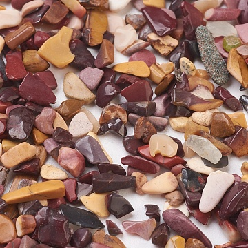 Natural Bloodstone Beads, Heliotrope Stone Beads, No Hole/Undrilled, Chip, 4~12x3~6x1~4mm; about 6280pcs/500g(G-L491-01)