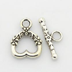 Style tibétain fermoirs coeur bascule en alliage, argent antique, cœur: 18x14x3 mm, Trou: 3mm, bar: 20x8x3 mm, Trou: 3mm(PALLOY-J471-27AS)