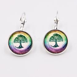 Dormeuses en laiton, avec le verre paster, plat rond avec motif arbre, argenterie, 28 mm; broches: 0.8 mm(EJEW-G188-01P)